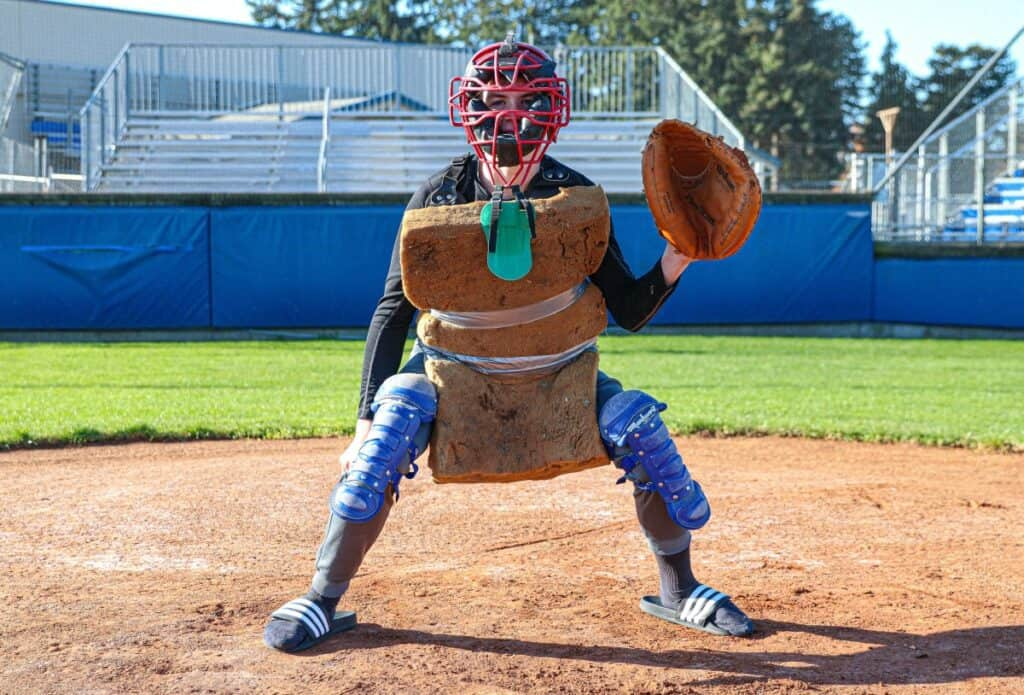 girl-with-best-catchers-mitts