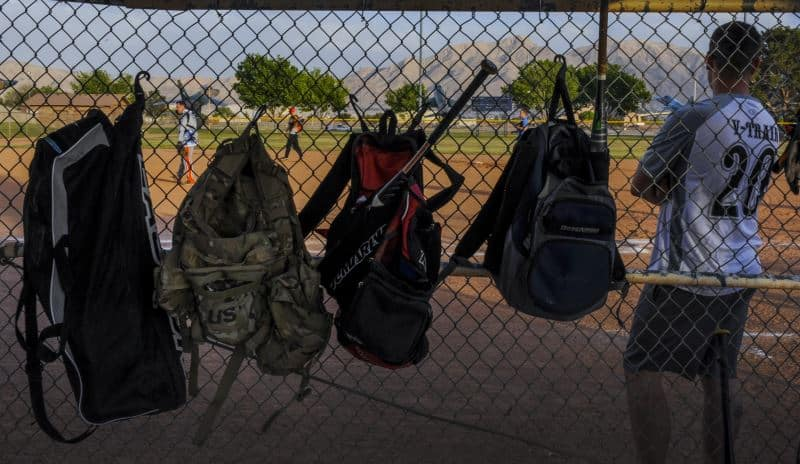5 Best Baseball Bags Recommended By MLB Professionals |
